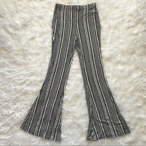 Express flare pants | geo stripe